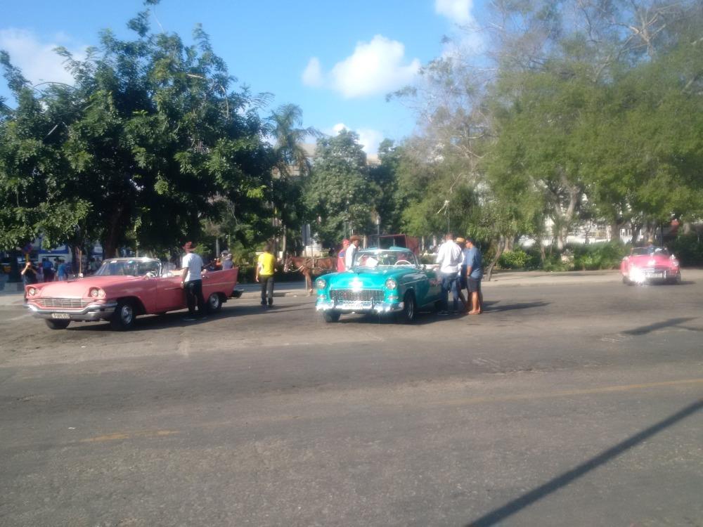 convertibles in havana